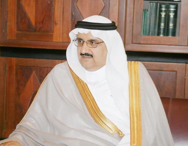 Photo of مع الأمير منصور بن متعب وزير الشؤون البلدية والقروية